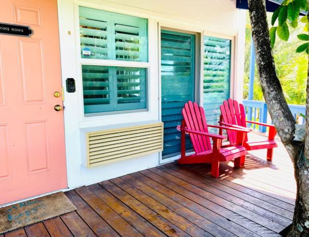Private Entrance near the Beach